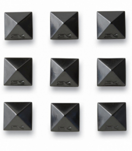 Dakine Grip Pyramid Studs Black